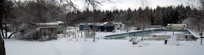 2004-01-29-swim-im-schnee
